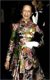 """Mrs. Diana Vreeland, in YSL photographed by Ron Galella in """"American Women of Art"""" Exhibition.NY,December 10,1975."""