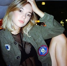 Best Photos Of Sarah Snyder Jaden Smith Girlfriend - Tibba Sarah Synder, Brown Eyes Blonde Hair, Jaden Smith, Short Wavy Hair, Popular Haircuts, Short Bob Hairstyles, Grunge Fashion, Women's Fashion, Hottest Photos