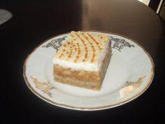 Výborný jablkový krémeš Strudel, Dessert Recipes, Desserts, Tiramisu, Cheesecake, Birthday Cake, Ethnic Recipes, Food, Cake Ideas