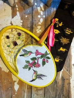 Yellow Hummingbird Dream Dreamcatchers, Hummingbird, Tangled, Yellow, Artwork, Crafts, Octopus, Work Of Art, Manualidades