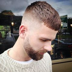 Cheeky croppa and beard shape up Round Face Men, Hair For Round Face Shape, Short Hair Cuts For Round Faces, Round Face Haircuts, Best Short Haircuts, Hairstyles For Round Faces, Haircuts For Men, Crop Haircut, Fade Haircut