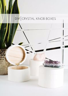 DIY Gift for the Office - DIY Crystal Knob Boxes - DIY Gift Ideas for Your Boss and Coworkers - Cheap and Quick Presents to Make for Office Parties, Secret Santa Gifts - Cool Mason Jar Ideas, Creative Gift Baskets and Easy Office Christmas Presents Christmas Gifts For Your Boss, Diy Christmas Presents, Thoughtful Christmas Gifts, Christmas Diy, Office Christmas, Handmade Christmas, Crystal Box, Crystal Knobs, Crystal Decor