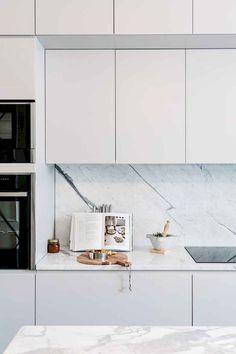 Home - Art - 60 Farmhouse Apartment Kitchen Decorating Ideas - Modern Kitchen Design, Interior Design Kitchen, Minimal Kitchen, Interior Modern, Scandinavian Interior, Interior Ideas, Kitchen Decorating, Decorating Ideas, Interior Decorating