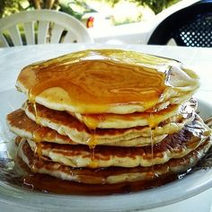 pancakes-τηγανιτες Pancakes, Brunch, Sweets, Baking, Breakfast, Recipes, Food, Morning Coffee, Goodies
