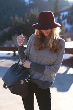 pull large gris + pantalon slim noir