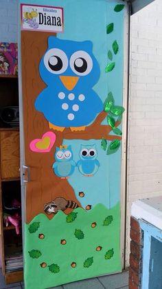 Mini Cheesecakes, Board Ideas, Preschool Crafts, Design Crafts, Classroom, Disney, Doors, Door Initial, Welcome To Class