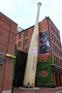 Half-a-Hundred Acre Wood: The Creation Museum and Louisville Kentucky {50 States}... Louisville Slugger Museum and Kentucky Derby Museum