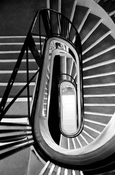 The staircase at 31 rue Cambon, Paris