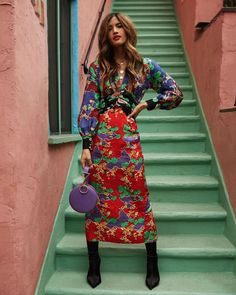 """rockybarnes: """" 8 hours in Hong Kong✈️ 📷 Martha Calvo Jewelry : Vintage : Tara Ghazanfar : Tony Bianco """" Pattern Mixing Outfits, Dinner Date Outfits, Diana Fashion, Dress Suits, Dresses, Fall Winter Outfits, Winter Wear, Retro Dress, Fashion Sketches"""