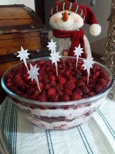 so easy and good in 15 minutes.for Christmas Party Trifle, Watermelon, Daisy, Fruit, Christmas, Blog, Yule, Xmas, The Fruit