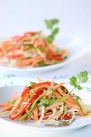 Ensalada de vegetales en julianas con vinagreta de cilantro - Recetas - Estampas