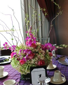 HYDRANGEAS , ORCHIDS AND CURLY WILLOW CENTERPIECE TFM-CP804