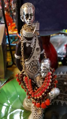 Denali's Afrocentric Boutique and African Fabrics is Tallahassee's largest supplier of beautiful African fabrics, custom African clothing, handbags, imports, jewelry, shoes and many other specialty items.