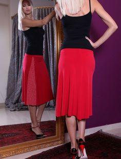 Great for all occasions and so comfortable tango skirt! http://www.condiva.com/products/1650/condiva-skirts #skirt #pretty #tango #tangodance #dance #danceclothes #retro #fitted #flared #milonga #milonguera #condiva #tanguera #argentinetango #handmade #unique #conDiva