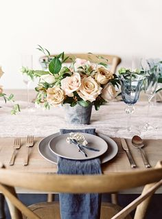 Minimal, nice textures with small pops of blue-gray in napkins