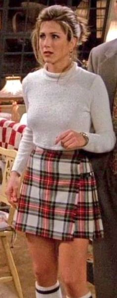 Rachel Green / Friends / Fashion / Ross Geller / Monica Geller / Chandler Bing / Joey Tribbiani / Phoebe Buffay / Jennifer Aniston