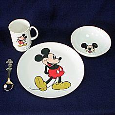 Mickey Mouse 4 Piece Child's Melamine Dinnerware Dishes Set Mickey Mouse Toys, Minnie Mouse, Melamine Dinnerware, Walt Disney Company, Dish Sets, Vintage Disney, Children, Boys, Dinnerware Sets