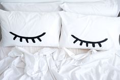 Together with The Club of Odd Volumes, Jasmine Dowling has designed and illustrated 7 different designs to spice up your home. The Eye of the Dreamer Pillow case was created to capture the blink of an eye with its double-sided print. When you by a set you can mix up your look with either displaying the eyes shut, open, or even a wink.