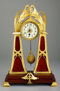 Table clock - 1900-1910. Materials: wood; brass. Techniques: gilt; polished. | Museum of Applied Arts, Budapest, ˆ 2015ˆˆ