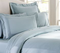Hotel 600-Thread-Count Sateen Duvet Cover & Sham - Porcelain Blue | Pottery Barn