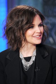 ginnifer goodwin's hair!  Doing this after the wedding!!