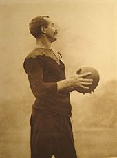 Captain of the Original All Blacks and International Rugby Hall of Fame inductee Dave Gallaher. Battle Of Passchendaele, Rugby Union Teams, International Rugby, All Blacks Rugby, Rugby Sport, New Zealand Rugby, Sport Hall, Rugby World Cup, First World