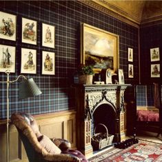 home library design english country \ home library design English Interior, English Decor, Tartan Decor, Tartan Plaid, Tartan Wallpaper, Wall Wallpaper, Scottish Decor, Deco Champetre, Country Decor
