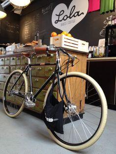 Lola Bikes and Coffee @ Den Haag