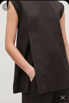 Model side image of Cos tailored waistcoat top in burgundy Fashion Details, Look Fashion, Womens Fashion, Fashion Design, Sewing Clothes, Diy Clothes, Ärmelloser Mantel, Cut Sweatshirts, Mode Inspiration