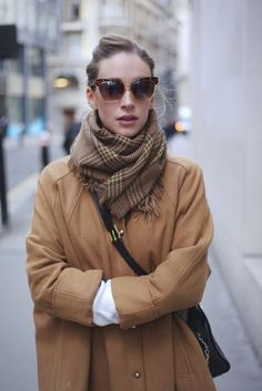 Camel coat, plaid scarf. Fall outfit for women. Fashion Trends.