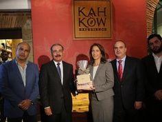 Danilo Medina visita a Kah Kow Experience