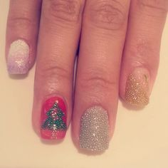 Caviar nail art. Christmas nail art Christmas Nail Art, Holiday Nails, Caviar Nails, Christmas Nails