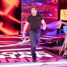John Cena, Dean Ambrose und AJ Styles treffen aufeinander: Fotos