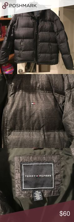 Tommy Hilfiger Men Puffer Jacket Like new, great quality warm puffer jacket Tommy Hilfiger Jackets & Coats Puffers