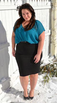 Full Figured & Fashionable: PONTE DRESS Plus size fashion for women Plus Size Fashion Blogger Full Figured & Fashionable