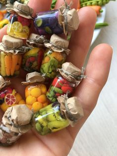 Miniature food, dollhouse miniatures, barbie food by dollfoods M. - Miniature food, dollhouse miniatures, barbie food by dollfoods Miniatures food Barb - Polymer Clay Miniatures, Polymer Clay Crafts, Resin Crafts, Miniature Crafts, Miniature Food, Miniature Dolls, Miniature Houses, Dollhouse Miniature Tutorials, Miniature Bottles