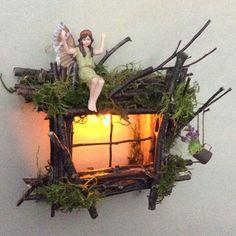 Fata finestra con luce delicata Twinkling ~ artigianale da oliva fata accessori, casa fata, fata porta