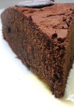Le gâteau au chocolat (léger) Cake Recipes, Dessert Recipes, Bread Shop, Zucchini Bread Recipes, Cake & Co, Types Of Cakes, Cake Cookies, Biscuits, Deserts