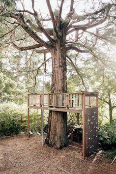 55 Amazing Small Backyard Playground Landscaping Ideas - Page 16 of 60 Backyard Playground, Backyard For Kids, Backyard Projects, Backyard Ideas, Tree House Playground, Backyard Zipline, Kids Zipline, Wood Projects, Playground Design