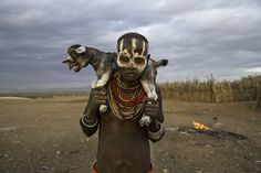 boy from Surma tribe, Omo Valley, Ethiopia - Steve McCurry