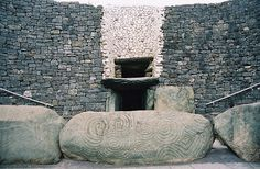 The UNESCO World Heritage Prehistoric Site at Newgrange : Day Trips, Things To Do, Top Attractions, Unforgettable Experiences | Ireland Things to Do
