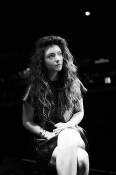 Lorde ...hair goals....