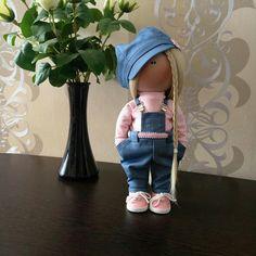 Diy Doll Pattern, Doll Patterns, Felted Wool Crafts, Travel Toys, Girlfriend Birthday, Polymer Clay Dolls, Minnie, Cute Dolls, Diy Toys
