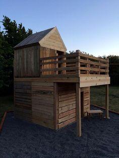 DIY Pallet Playhouse for Kids Fun | 101 Pallet Ideas