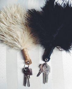 feather keyholder