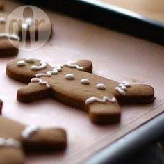 Foto da receita: Gingerbread men (biscoitos de gengibre para o Natal)