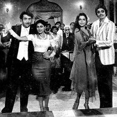 """107 Likes, 5 Comments - muvyz.com (@muvyz) on Instagram: """"#muvyz063017 #BollywoodFlashback #AmitabhBachchan #ZeenatAman #TinaMunim #RandhirKapoor…"""""""