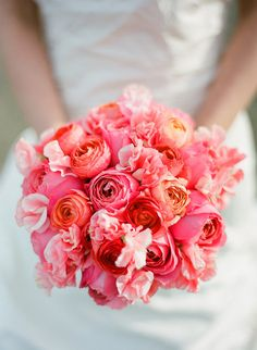 Loving this colourful bridal bouquet. We would love to be your wedding planner in Croatia to help come up with elegant ideas such as the look of your bridal bouquet. Garden Rose Bouquet, Pink Bouquet, Flower Bouquet Wedding, Bridal Bouquets, Flower Bouquets, Rose Wedding, Pale Pink Weddings, Pink Wedding Colors, Orange Weddings