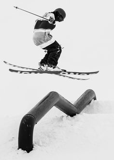 Black and white ski pic // Freestyle Skiing, Ski Boots, Ski Fashion, Ski And Snowboard, Extreme Sports, The Great Outdoors, Ski Park, Flow State, Amazing Photography