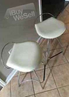 http://www.ibuywesell.com/en_AU/item/Kitchen+stools+Cairns/67409/